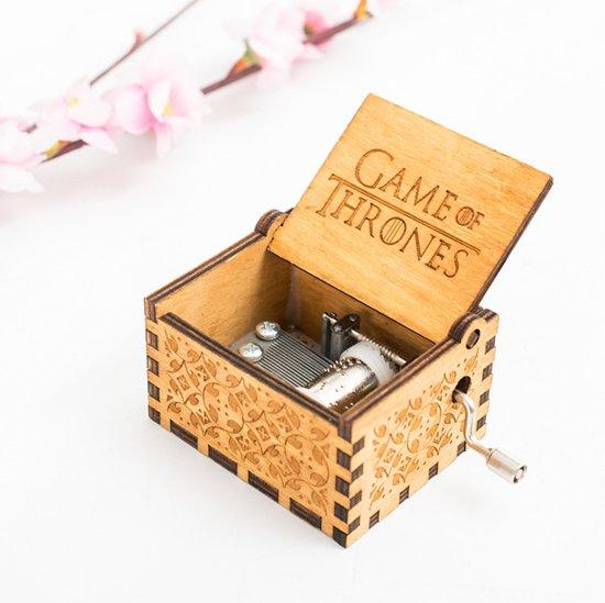 Afbeelding van Houten Game of Thrones muziekdoosje - Handgemaakt - Voor kinderen en volwassen - Muziekdoos - Films en Series - Cadeau idee - Cadeau tip speelgoed
