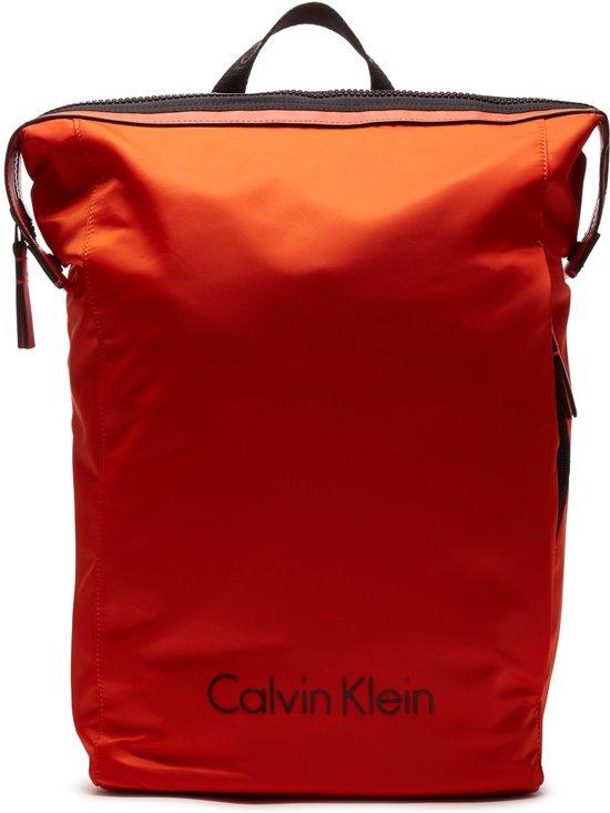 0095af13d211 Calvin Klein Blithe Backpack Rugzak K50K503450801001 (Inhoud  19L)