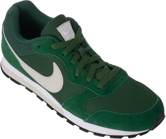 19cf4b4cbd9 Nike MD Runner 2 Sneakers Heren Sportschoenen - Maat 43 - Mannen -  groen/grijs