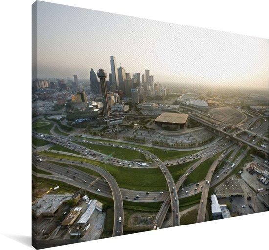 De ongelooflijke hoeveelheid kruisende wegen van Dallas in het zuiden van de Verenigde Staten Canvas 180x120 cm - Foto print op Canvas schilderij (Wanddecoratie woonkamer / slaapkamer) XXL / Groot formaat!