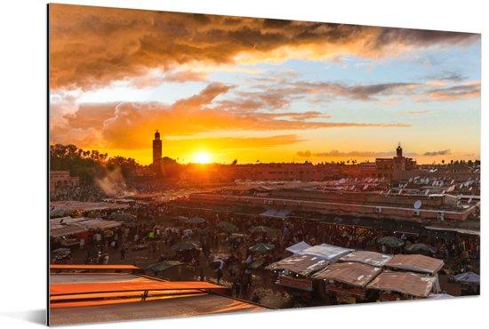 Zonsondergang boven Djemaa El Fna in Marokko Aluminium 60x40 cm - Foto print op Aluminium (metaal wanddecoratie)