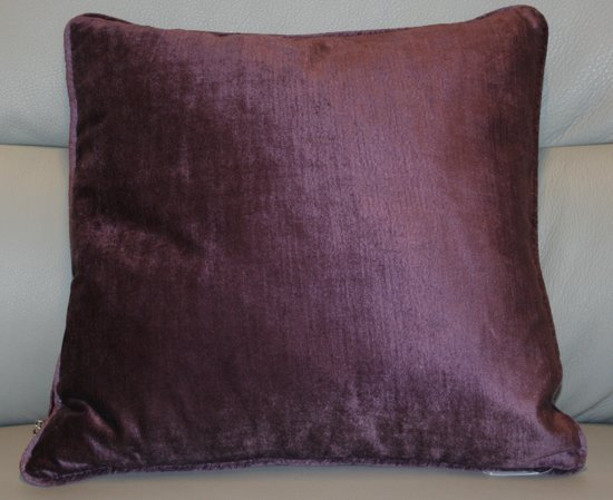 Sierkussen Lovisa - aubergine - 45x45 cm
