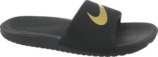 6dfce7d74d0 bol.com | Nike Kawa Slippers - Maat 33.5 - Unisex - zwart/goud