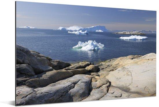 Rotsen en ijsbergen IJsfjord van Ilulissat in Groenland Aluminium 60x40 cm - Foto print op Aluminium (metaal wanddecoratie)