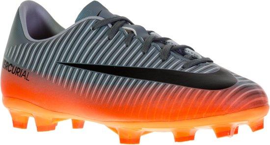 Op zoek naar Nike Mercurial Victory VI CR7 Voetbalschoenen?