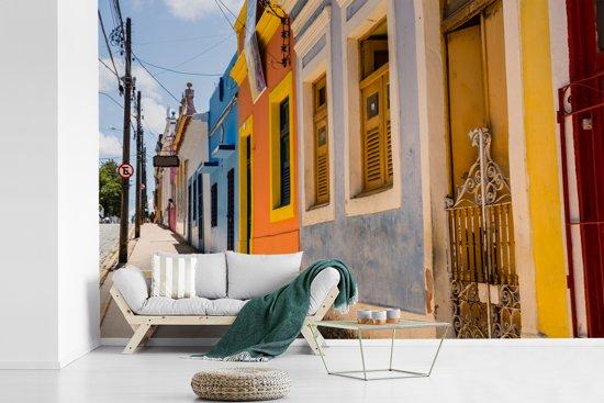 Fotobehang vinyl - Tropisch gekleurde gevels in Recife Brazilië breedte 540 cm x hoogte 360 cm - Foto print op behang (in 7 formaten beschikbaar)