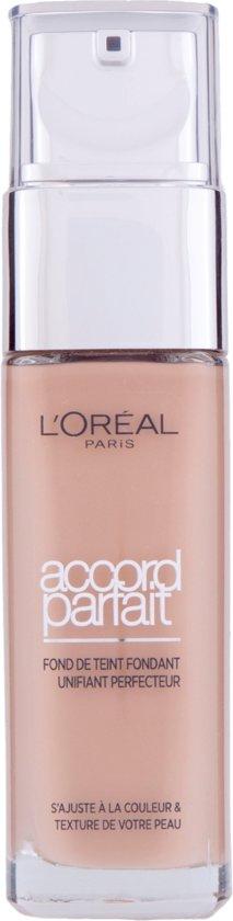 L'Oréal Paris Make-Up Designer Accord Parfait - 5.R/5.C Rose Sand - Foundation Pompflacon Vloeistof foundationmake-up