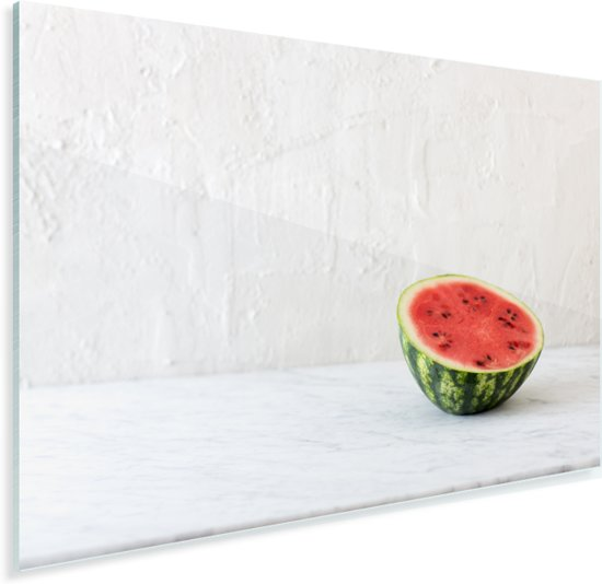 Halve watermeloen op marmeren tafel Plexiglas 30x20 cm - klein - Foto print op Glas (Plexiglas wanddecoratie)