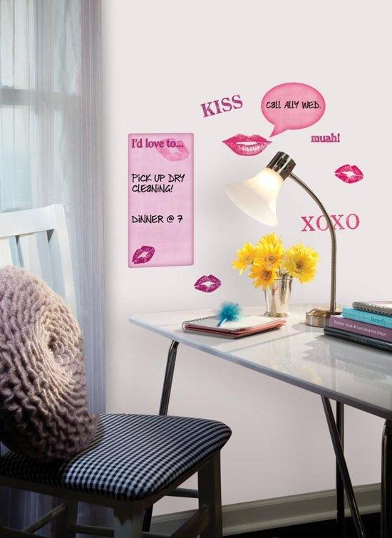 Muurstickers Winnie The Pooh Zwart Wit.Bol Com Roommates Muursticker Kisses Whiteboard Wit