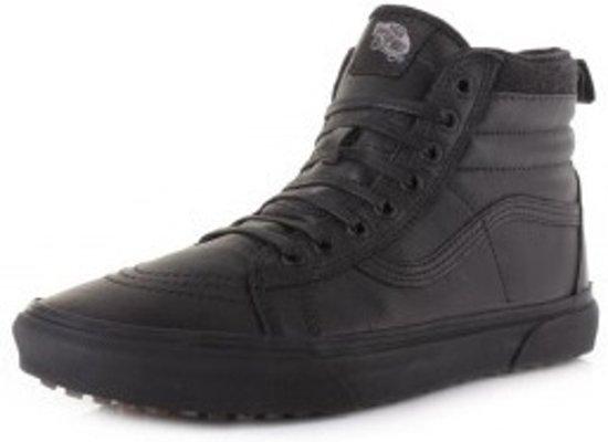 b2d1298552d bol.com | Vans Sneakers - Sk8-hi Mte Unisex Zwart Maat 34.5