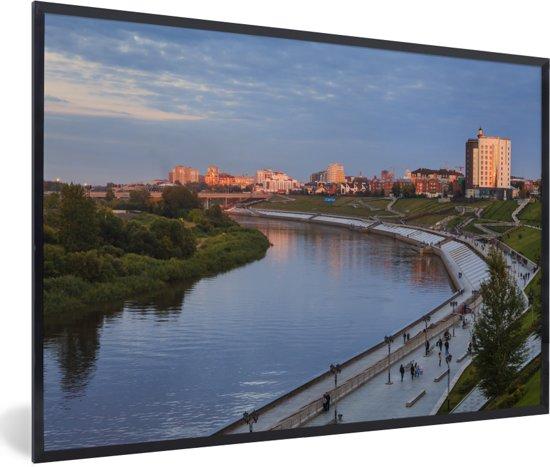 Foto in lijst - Zonsondergang boven Tjoemen in Rusland fotolijst zwart 60x40 cm - Poster in lijst (Wanddecoratie woonkamer / slaapkamer)