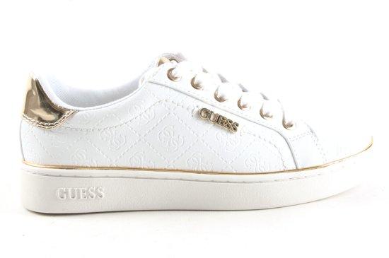 77db0ea0e7a Guess Dames Sneakers Beckie - Wit - Maat 41 | Globos' Giftfinder