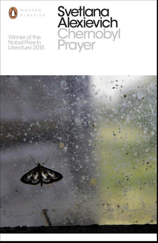 Boek cover Chernobyl Prayer van Svetlana Alexievich (Paperback)