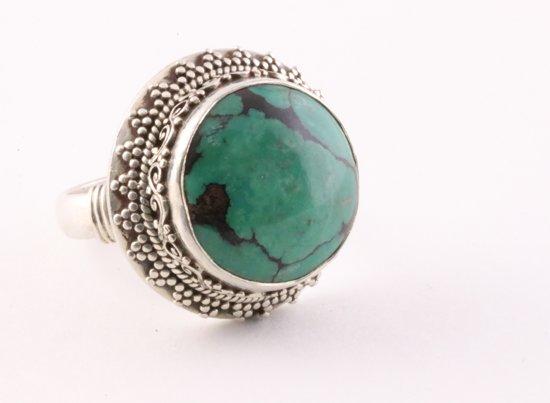 Grote bewerkte ronde zilveren ring met Tibetaanse turkoois - maat 19.5