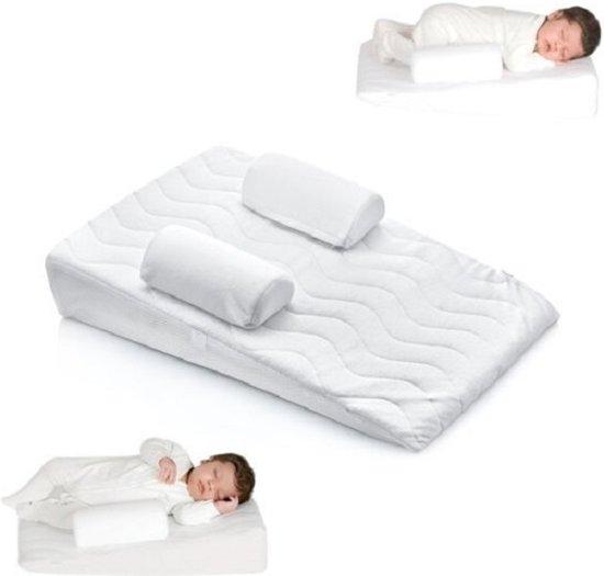 Kussen Voor Baby : Delta kussen baby delta baby slaapnestje bestel nu bij