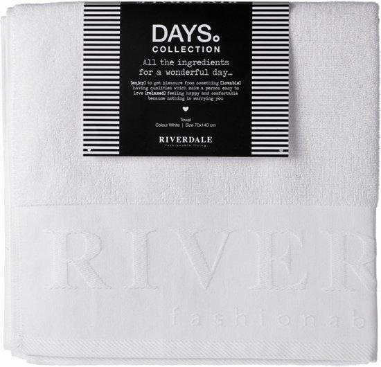 Riverdale Days - Badhanddoek - Wit- 140 cm