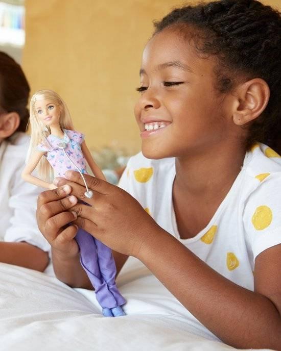 Barbie Verpleegster - Barbiepop
