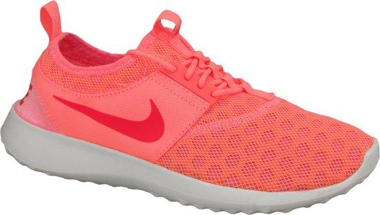 4e894a18188 Nike Juvenate Sneakers Dames Sportschoenen - Maat 40 - Vrouwen - roze/oranje