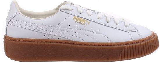 e09b8e3fce0 bol.com   Puma Sneakers Basket Platform Core Dames Wit Mt 40