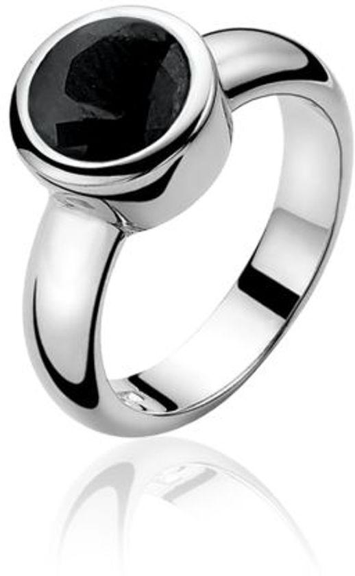 zilveren ring met grote zwarte steen