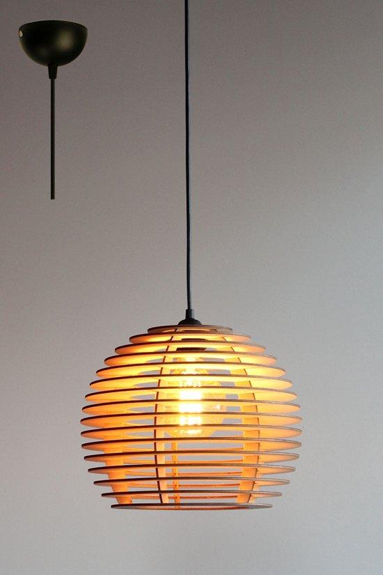 bol | lion omega - hanglamp - Ø29 - hout - zwart snoer