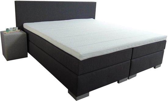 Zwart Bed 140x200.Bol Com Slaaploods Nl Sara Boxspring Inclusief Matras 140x200