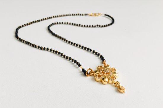 Bloemen-Dames Mangalsutra-Goud kleur