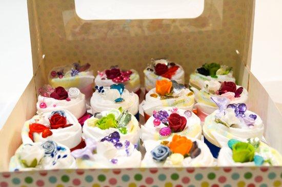 Luiertaart - Pampertaart Meisje Cupcake XL - 16 Pampers - Multi Color