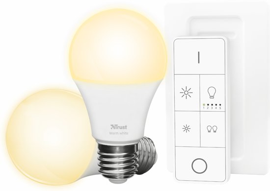 trust smart home starterset 2 dimbare e27 led lampen white and flame afstandsbediening