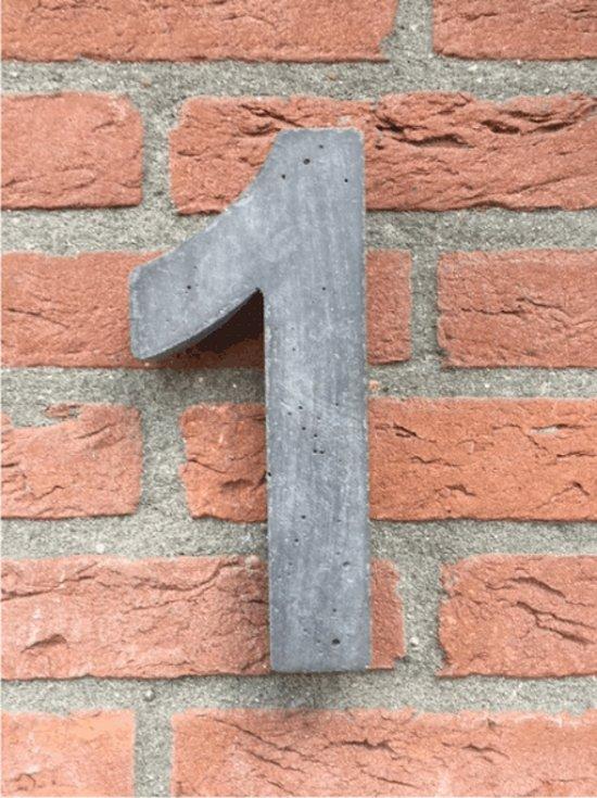 Betonnen huisnummer, hoogte 20cm huisnummer beton cijfer 1