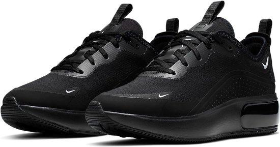 bol.com | Nike Air Max Dia Sneakers - Maat 40 - Vrouwen - zwart