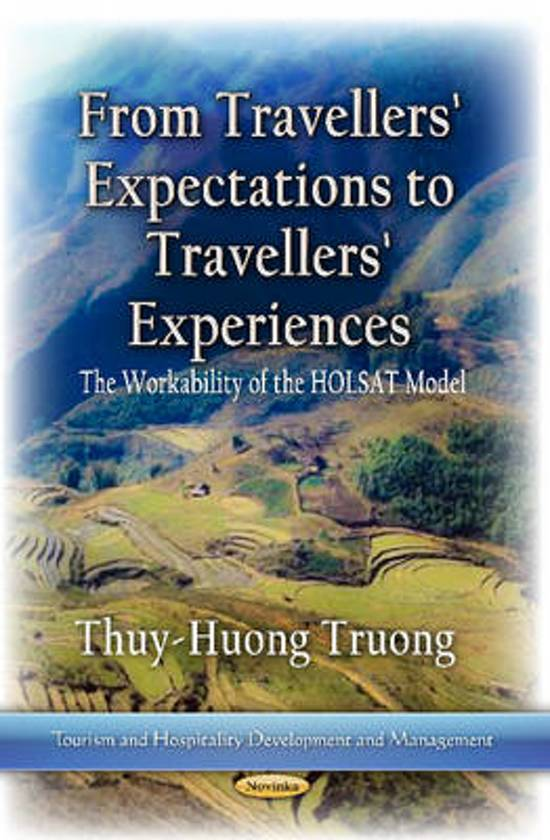 From Travelers Expectations to Travelers Experiences