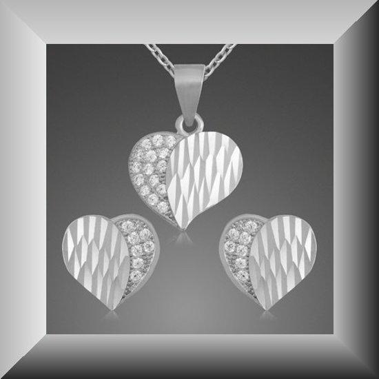 Flonkerende set met Cubic Zirkonia, model hart, van 925 zilver