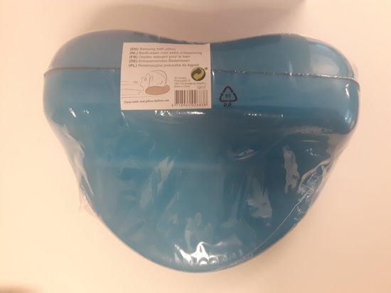 Badkussen nekkussens hoofdkussens bij sanitairwinkel
