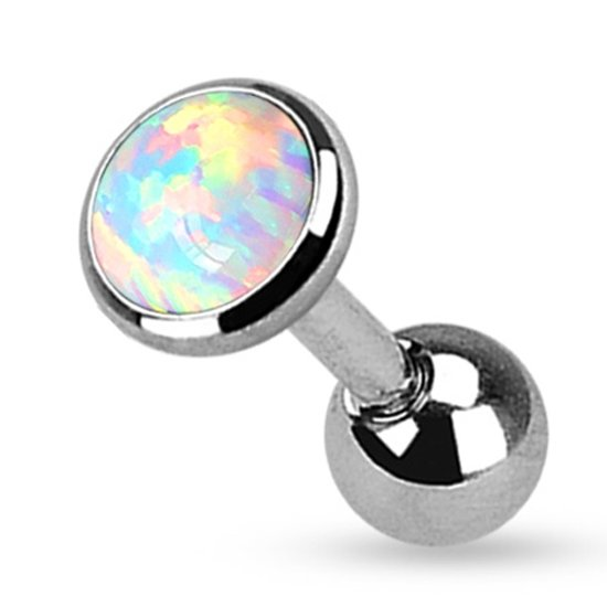 Helix piercing opal wit ©LMPiercings