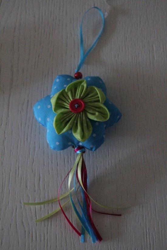 Hanger bloem blauw