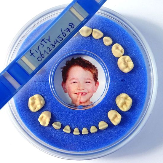 Tandendoosje + SOS Polsbandje Firsty® (blauw, jongen)