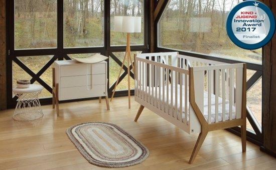 Complete Babykamer Kopen.Complete Babykamer Yappyicon Deluxe Set V V Babybed En Commode Wit Eikenhout
