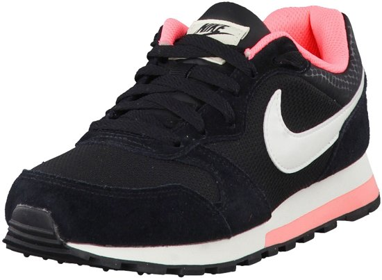 half off b2ba6 8d683 Nike MD Runner 2 Sportschoenen - Maat 40.5 - Vrouwen - zwartwitroze