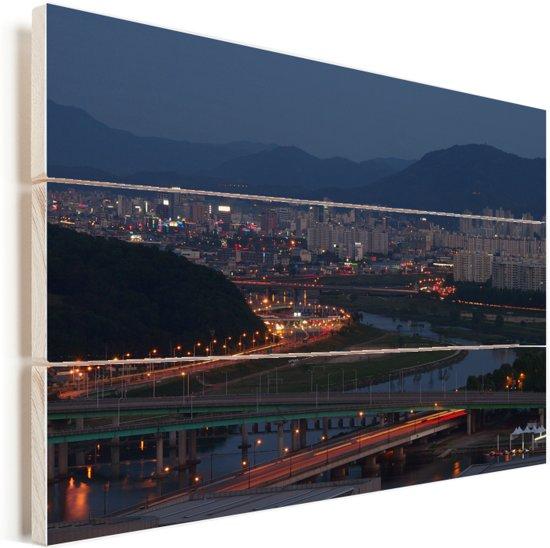 Stadsgezicht van het Zuid-Koreaanse Daejeon Vurenhout met planken 40x30 cm - klein - Foto print op Hout (Wanddecoratie)