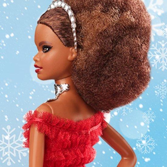 Barbie Holiday Doll 2018 - Barbiepop