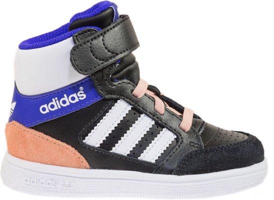Adidas Maat 24