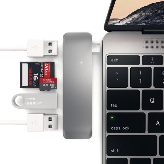 Satechi Type-C USB Combo Hub - Space Grey