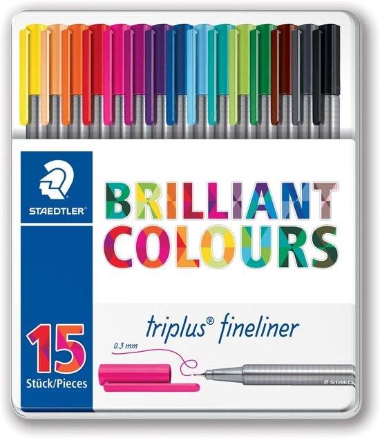4x Staedtler fineliner Triplus, metalen doos met 15 stuks in geassorteerde kleuren
