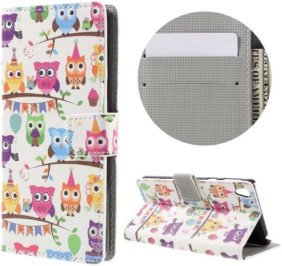 Sony Xperia E5 portemonnee hoesje met print Multiple Cartoon Owls in Sint-Truiden