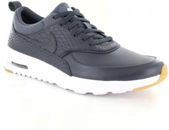 f1d0cc0a866 bol.com | Nike Air Max Thea Sneakers Dames - grijs - Maat 36