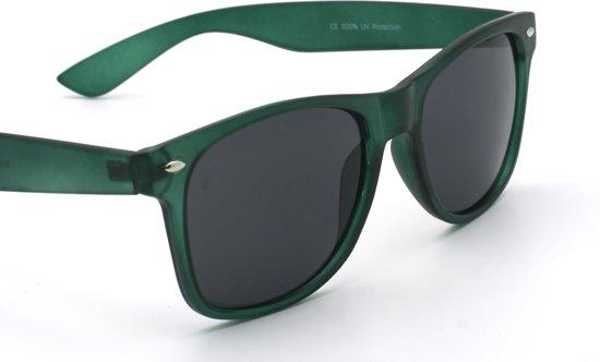 b5f5357ee33036 Amazotti Wayfarer model Zonnebril – Donker Groen – Zwarte UV400 lensen