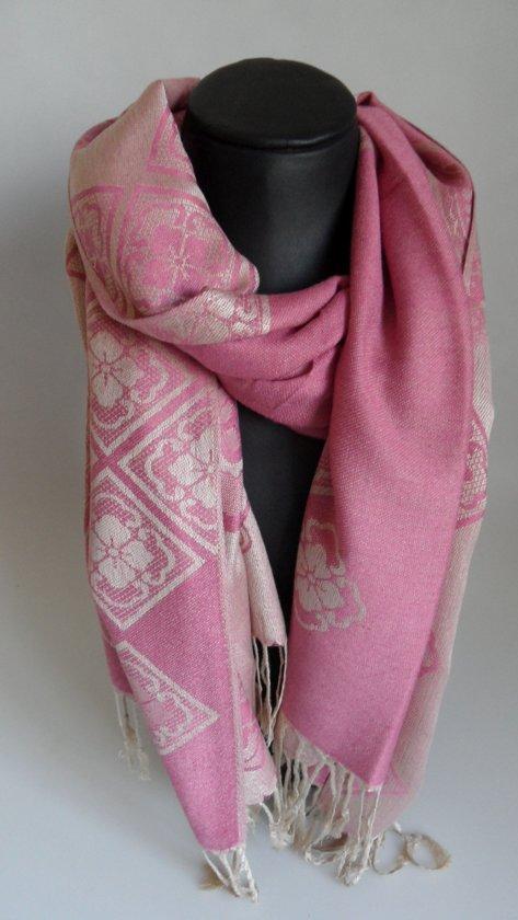Mooie hippe sjaal van pashmina in de kleuren roze creme breedte 70cm lengte 180 cm.