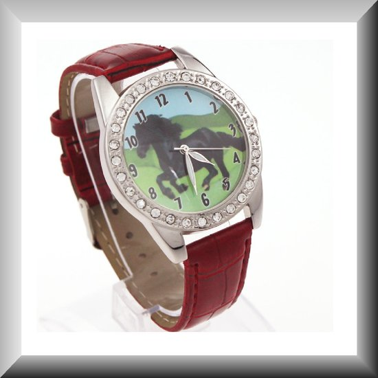 Elegant horloge met Fries paard, met band in diverse kleuren
