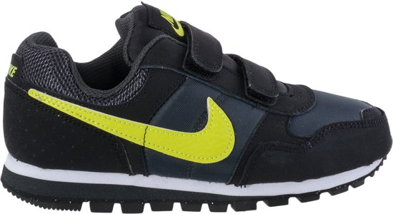 new product e96d3 05b96 Nike MD Runner (PSV) - Sneakers - Unisex - Maat 31 - Zwart